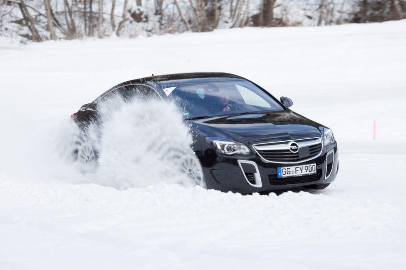 Opel 4×4 Wintertraining mit Sascha Bert