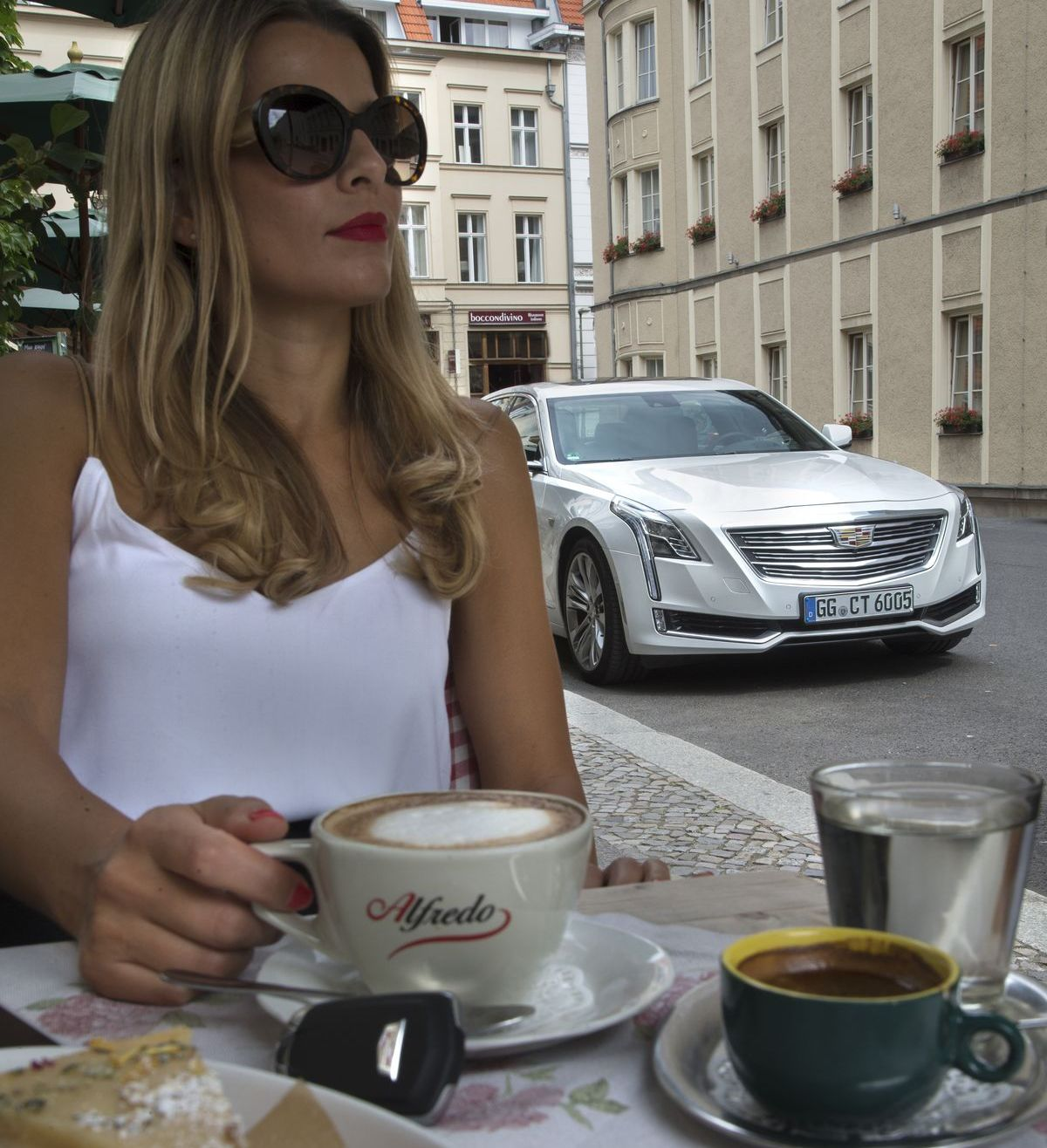 "Cadillac CT6: ""Media Drive"" in Berlin"
