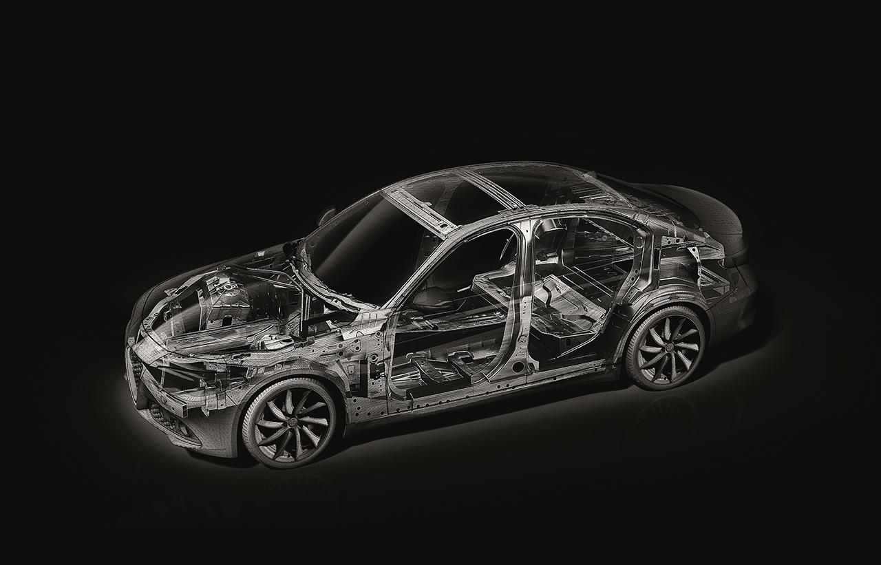 """Alfa Romeo Giulia gewinnt renommierten Industrie-Wettbewerb """"EuroCarBody 2016"""""""