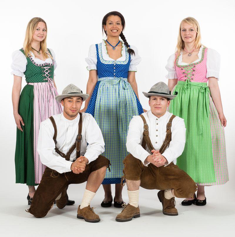 Hamburg gro er r umungsverkauf beim kost mverleih for Bayerische dekoartikel