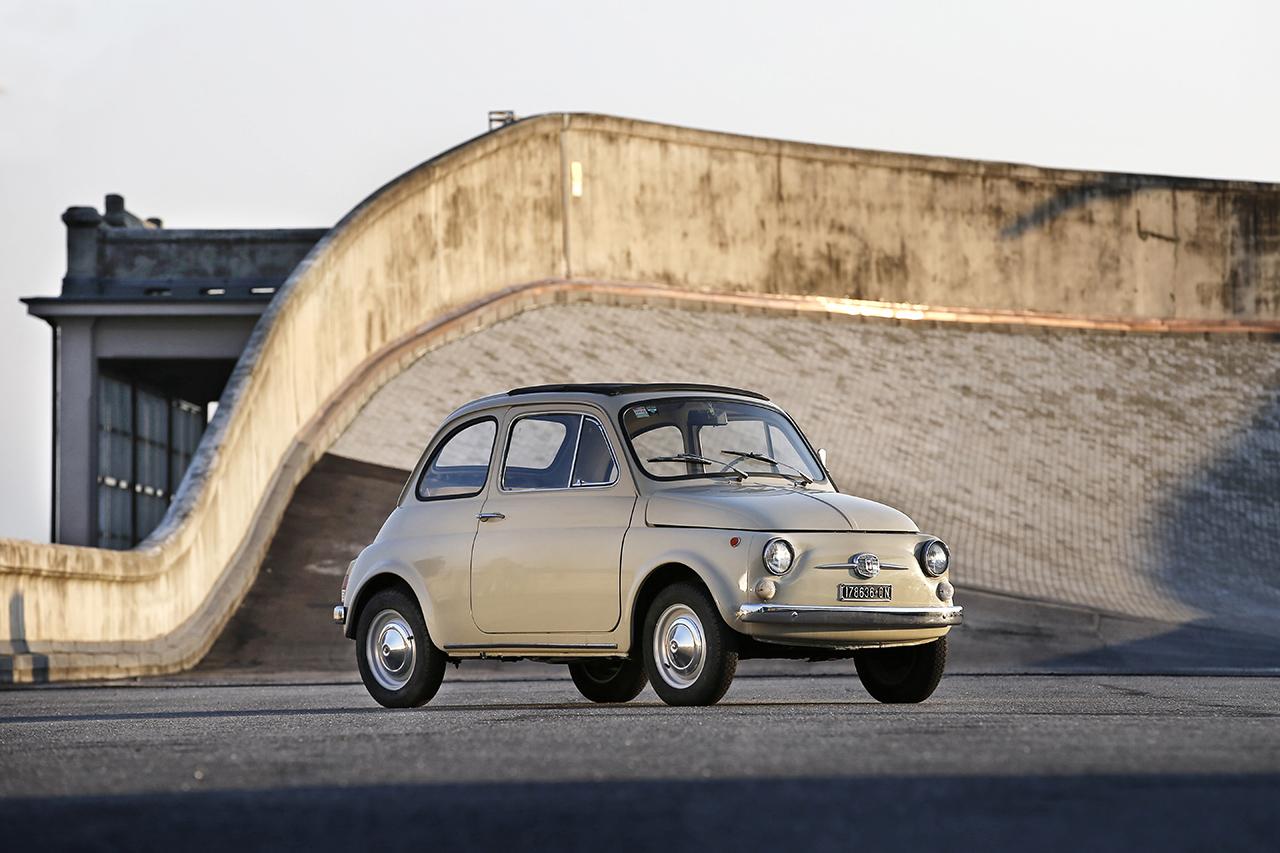 """Fiat 500 goes MoMa - legendärer """"Nuova Cinquecento"""" ins Museum of Modern Art in New York aufgenommen"""