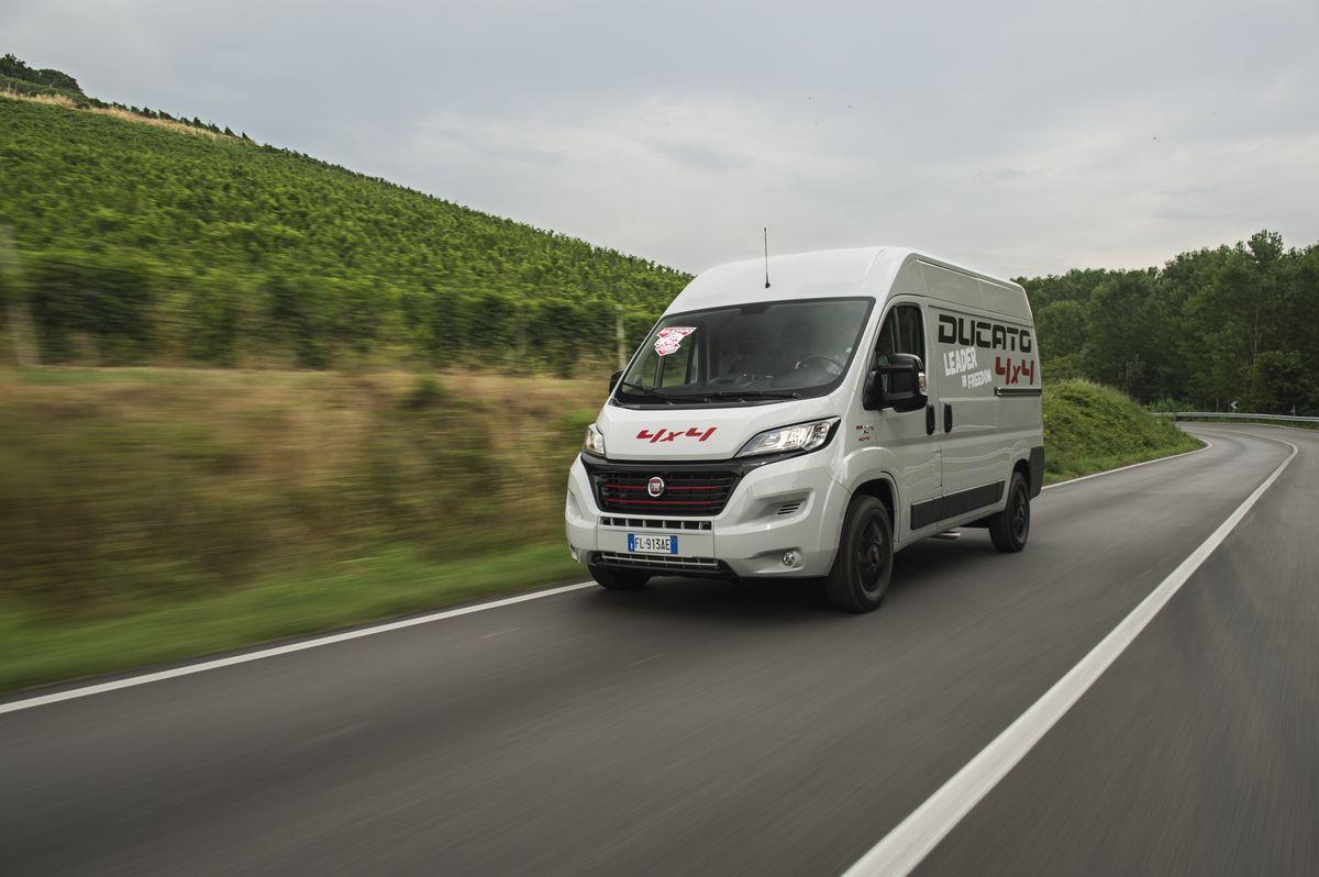 """Elfter Sieg in Folge bei der Leserwahl von """"promobil"""": Fiat Ducato zum """"Reisemobil-Basisfahrzeug des Jahres 2018"""" gewählt"""