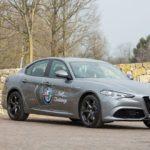 Spannung auf dem Rasen und auf dem Asphalt beim Finale der Alfa Romeo Golf Challenge