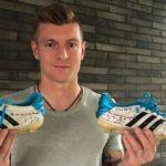 Toni Kroos versteigert Sportgeschichte