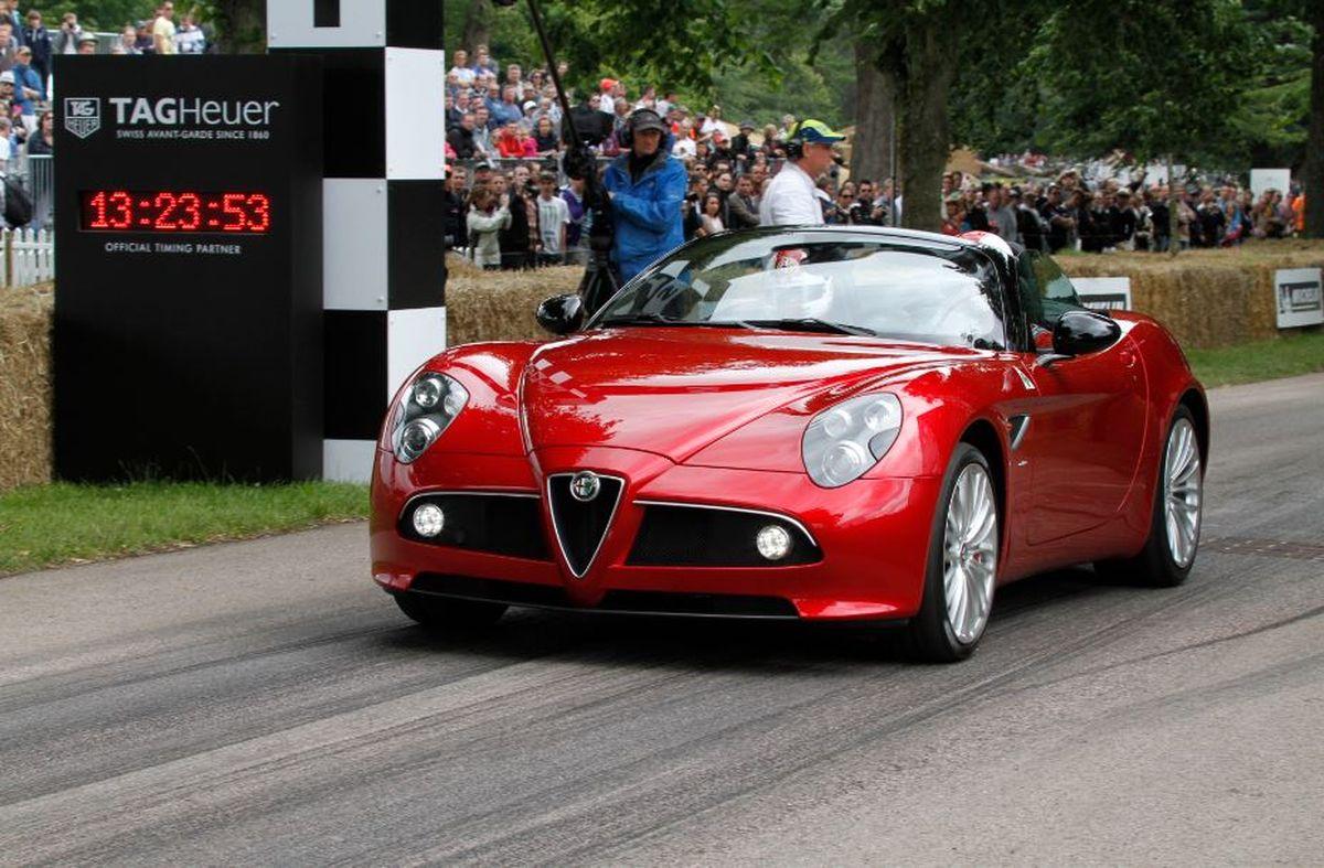 Alfa Romeo 8C Spider (2010)