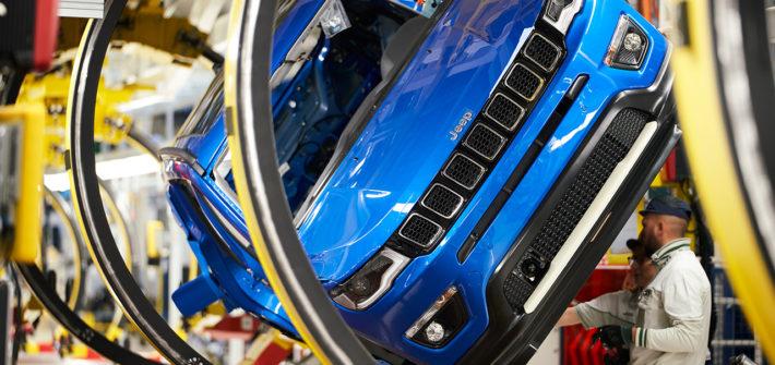 Elektrifizierung und Training: Werk Melfi bereitet Produktion des Jeep Compass inklusive Plug-In-Hybrid-Version für Europa vor