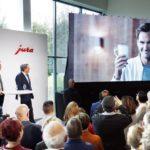 Jura: Launch des lebensechten 3D-Ebenbilds von Roger Federer