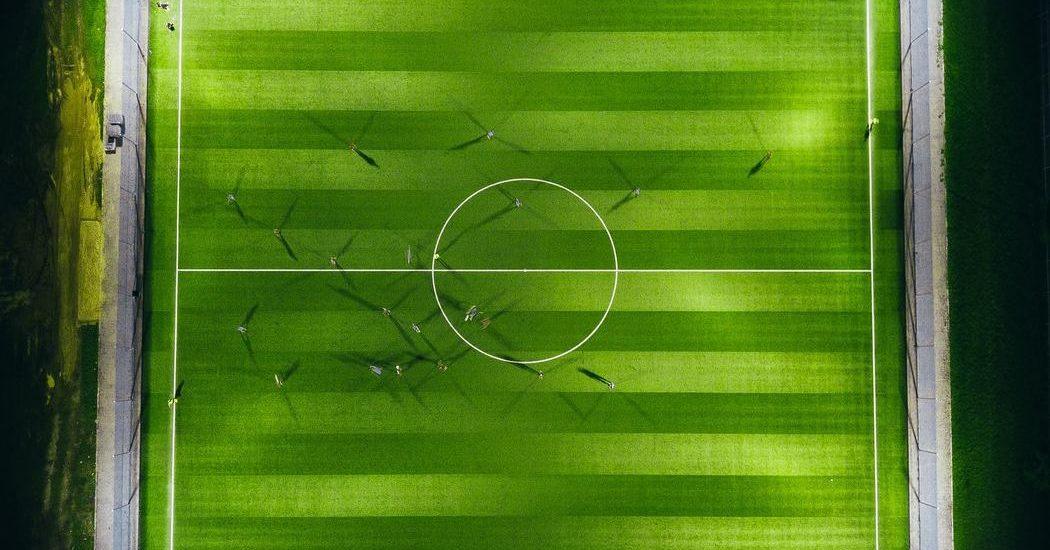 Das Bundesliga-Topspiel Eintracht Frankfurt vs. FC Bayern München kommt live im ZDF