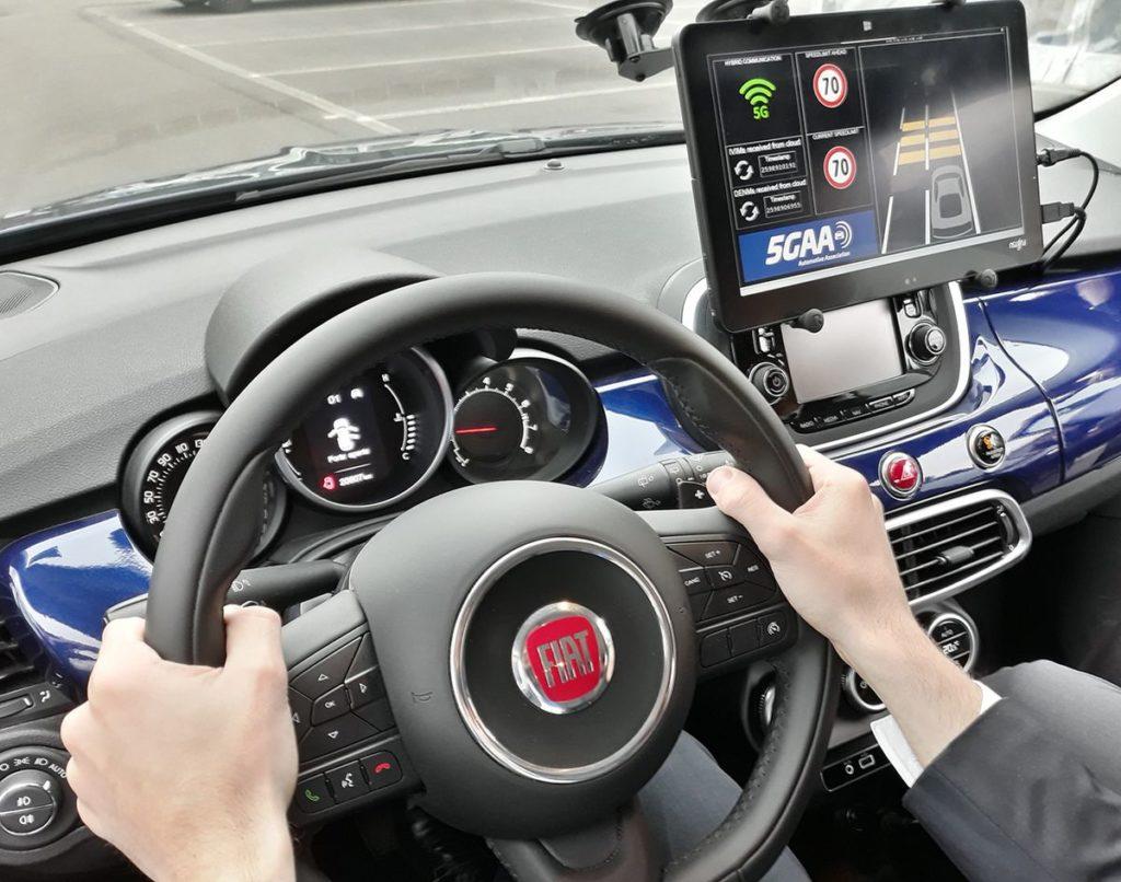 5GAA Konferenz in Turin: Fiat Chrysler Automobiles demonstriert 5G-basierte Technologien für mehr Sicherheit im Straßenverkehr