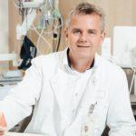 Im TV: Prof. Martens operiert am offenen Herzen
