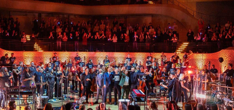 Channel Aid rockt mit Bastille die Elbphilharmonie Hamburg