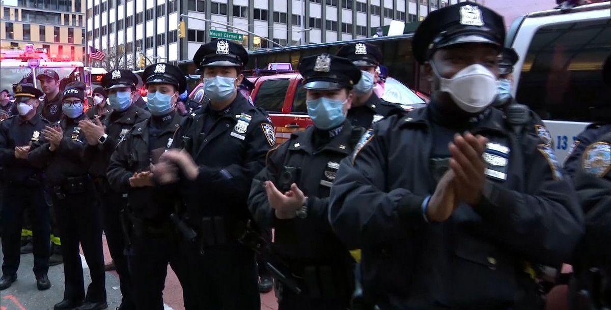 New York: Reportage über den Kampf gegen Corona