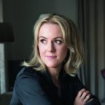Autorin Jojo Moyes liebt die Sat.1-Adaption ihres Romans