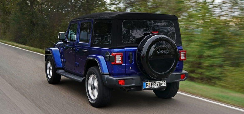 """Jeep® Wrangler gewinnt bei der Leserwahl """"Auto des Jahres"""" von Auto Bild allrad"""