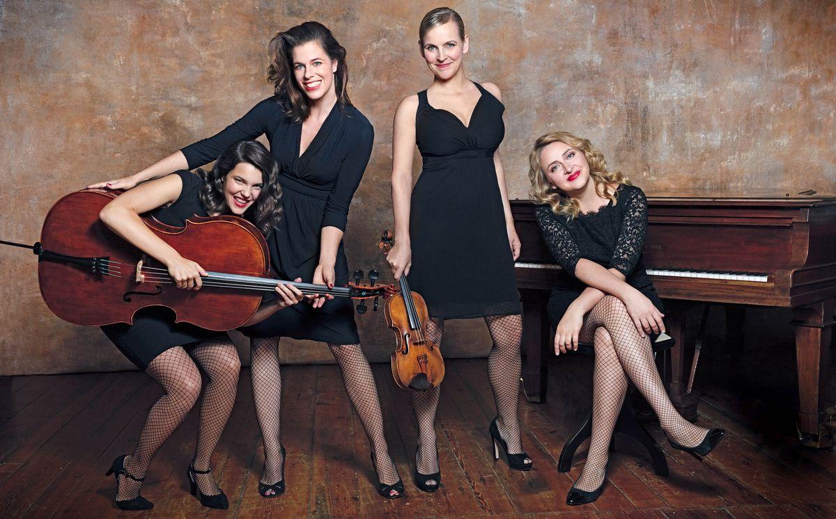 Angelika Bachmann, Iris Siegfried, Anna-Lena Perenthaler, Olga Shkrygunova