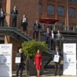 """FCA Germany zeichnet die ersten Handelspartner für exzellentes Kundenerlebnis mit dem """"Customer First Award for Excellence"""" aus"""