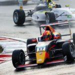 ADAC Formel 4 powered by Abarth: Auf dem Nürburgring gab es ein spannendes Duell zwischen dem Briten Jonny Edgar und dem Amerikaner Jak Crawford