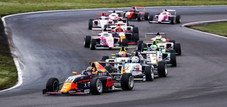 Heiße Phase im Titelkampf der ADAC Formel 4 powered by Abarth