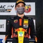 Der Brite Jonny Edgar gewinnt die ADAC Formel 4 powered by Abarth