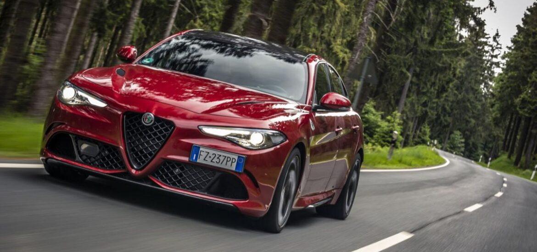 """Alfa Romeo Giulia Quadrifoglio zum """"Sportscar des Jahres"""" gewählt"""