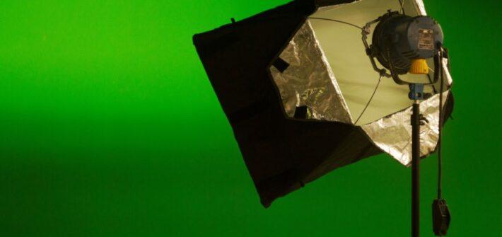 """Film ab - der Arbeitsplatz """"Green Screen"""" an der Universität Passau"""