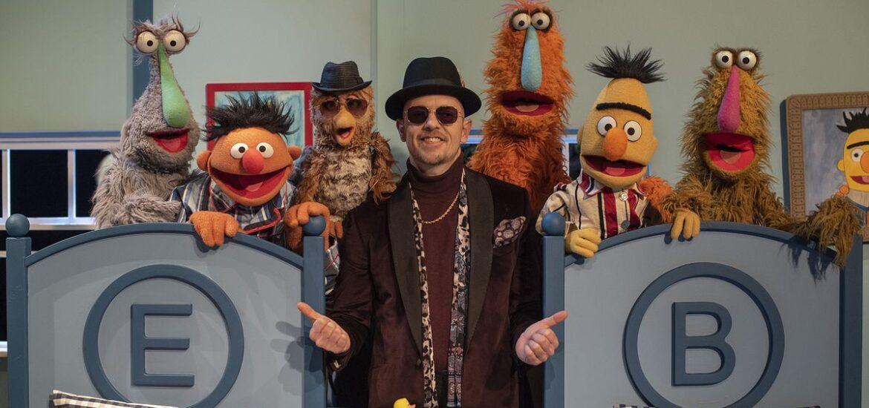 """Jan Delay feat. Ernie und Bert: Sommerhit """"Eule"""" in der Sesamstraße"""
